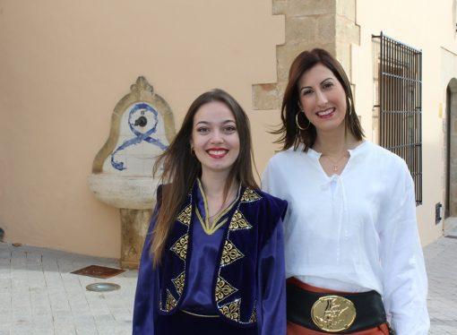 Isabel Bou Ivars y Andrea Estupiñá Cabrera, abanderadas de las fiestas de Moros y Cristianos de Benissa