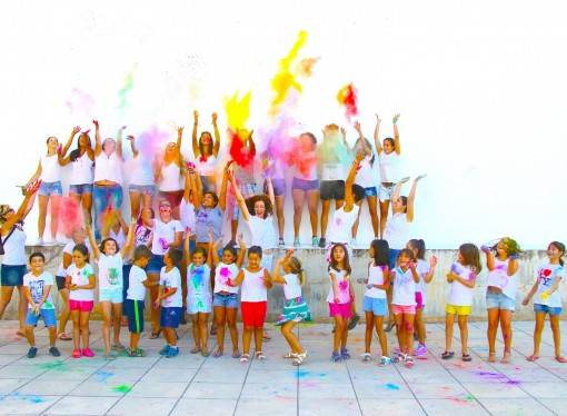 Benissa se tiñe de colores con The Last Holi Festival