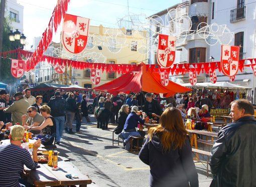 """La """"Fira i Porrat de Sant Antoni"""" llega a su recta final"""