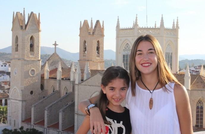 Un paseo real por las calles de Benissa con Laura Vidal Benavent y María Palací Ribes