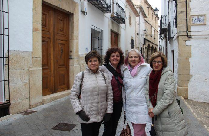 Llegan a la Seu Universitaria de Benissa cuatro mujeres de paleta y pincel
