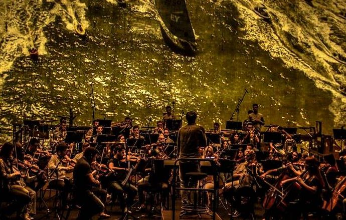 Recibe el 2018 en Calp con el gran concierto a cargo de ADDA -Simfònica