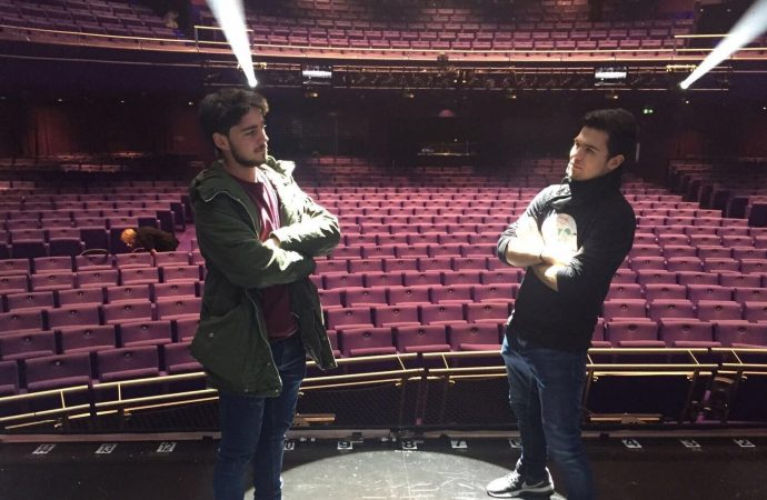"""Alumnos de l'Escola Municipal de Teatre de Teulada disfrutan de """"Elf – The Musical"""""""