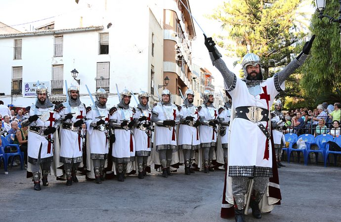 La Filà Templaris de Benissa celebra 40 años por todo lo alto