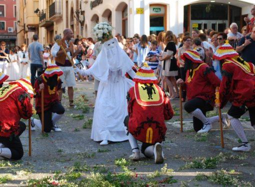 Danzas históricas para festejar el Corpus Christi de Teulada Moraira y Benissa