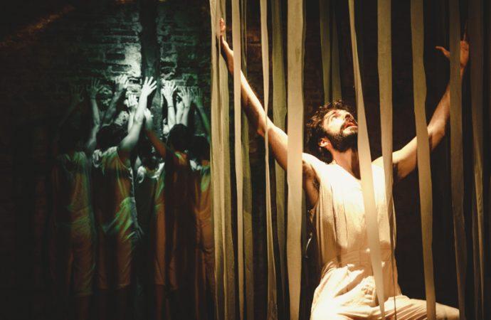 El actor Javier Pardo, llega a su Calp natal con la obra «La liberación de la locura»