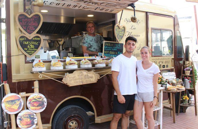 Las Food Trucks invaden de sabor el centro de Benissa