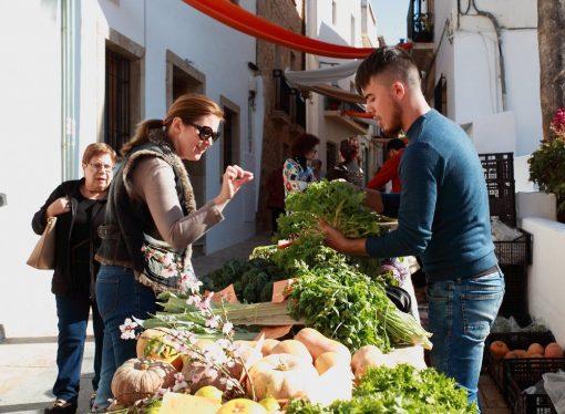 """Regresa a Teulada """"El Cabàs"""", Mercado Agroalimentario y Artesano"""
