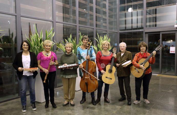 Nace en Moraira un grupo musical solidario
