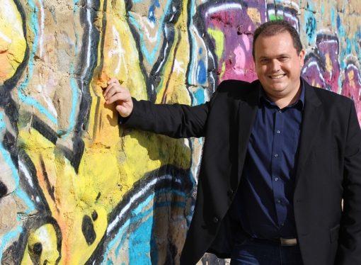 David Casado: «Me apasiona mi trabajo y lo que más me gusta es ayudar a los que me necesitan»
