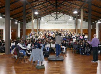 L'ESO canta amb cor estrena en el Auditori Teulada Moraira 'Crit dels àngels de la nit' de Javier Santacreu