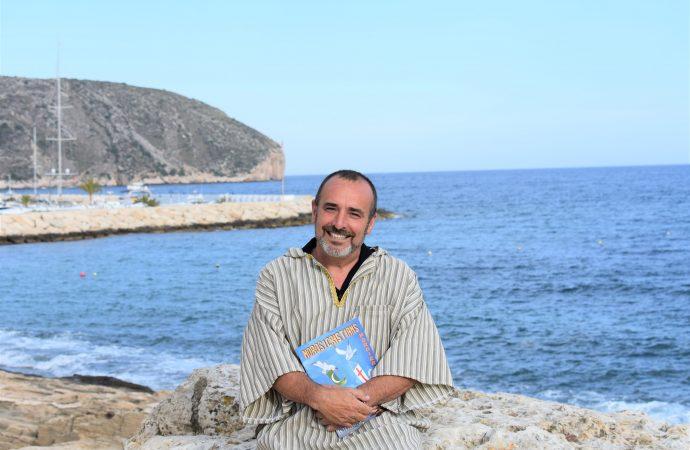 """Víctor Oller: """"Moraira es un referente turístico en la festividad de los moros y cristianos"""""""