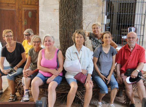 """""""100 cadires al ras"""", la nueva propuesta del GAB de sacar el arte a las calles benisseras"""