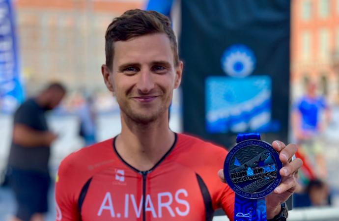 Adrián Ivars logra el Campeonato del Mundo de Ironman 70.3 en Niza