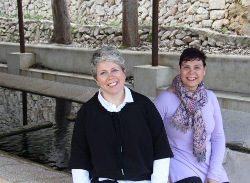 Mari Carmen González i Marisa Bertomeu, pioneres en implantar un sistema de neteja de roba ecològic i professional