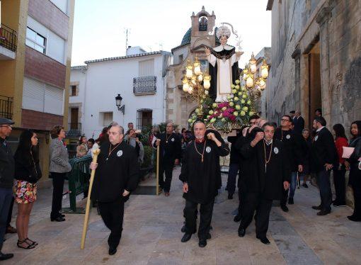 Los vecinos de Teulada saldrán al balcón este domingo a cantar el himno a Sant Vicent Ferrer