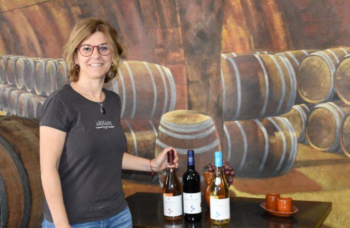 Cinco productos de la Bodega de Teulada la Cooperativa Sant Vicent estrenan etiquetaje