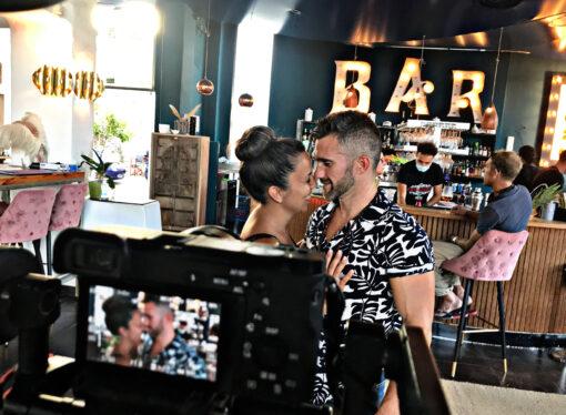 """El Mirall de La Marina creador del spot """"Compra y disfruta en Teulada Moraira, todos ganamos"""""""