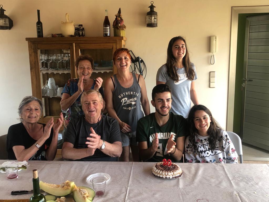 Arnau y su familia