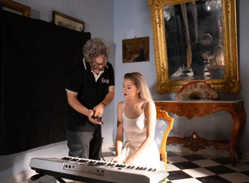 """CAR, Carmen Palací Ribes, graba su videoclip """"Aquel que fuiste…"""" bajo la dirección de José Miguel Idígoras"""