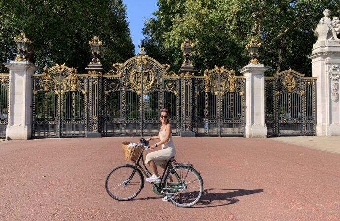 """Àngela Signes Dalmau: """"Londres és una caixa plena de sorpreses cada dia"""""""