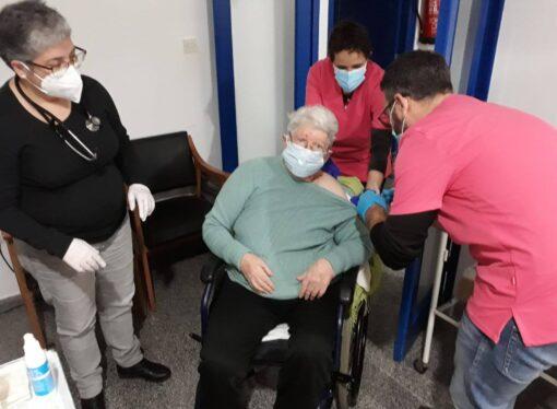 El 100% de los residentes y personal laboral de la Residencia de Ondara vacunados contra el COVID-19