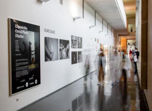 El Hospital de Dénia acoge @covidphotodiaries, una muestra de 8 destacados fotoperiodistas españoles durante el confinamiento