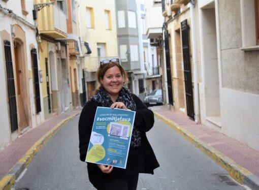 """Benitatxell transforma el """"Mitjafava Fest"""" en una acción social y destina 30.000€ al comercio local"""