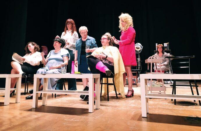 Este sábado doble estreno de l'Escola Municipal de Teatre d'Ondara
