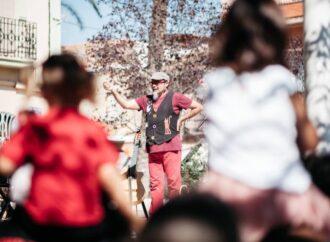 """Dani Miquel, el Cantacançons, recala en el Auditori Teulada Moraira con su espectáculo """"Les Musiqueries"""""""