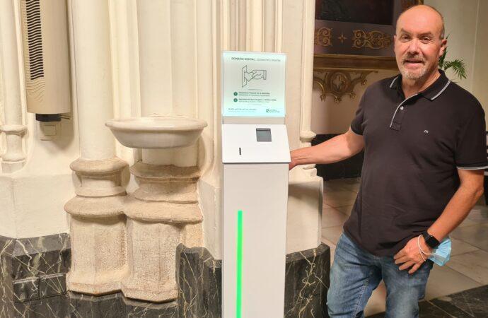 "El ""cepillo digital"" llega la iglesia de la Puríssima Xiqueta de Benissa"